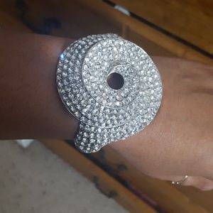 Jewelry - Bling rhinestone bracelet bangle